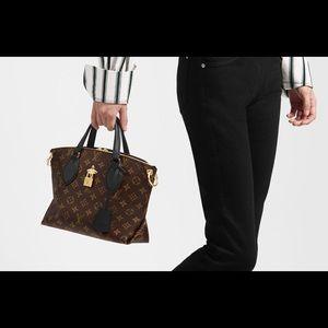 🌺Louis Vuitton Flower Zipped Tote PM🌺